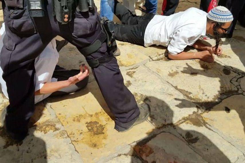 Ekstrimis Yahudi Gelar Ritual Provokatif di Situs Bersejarah Khalil