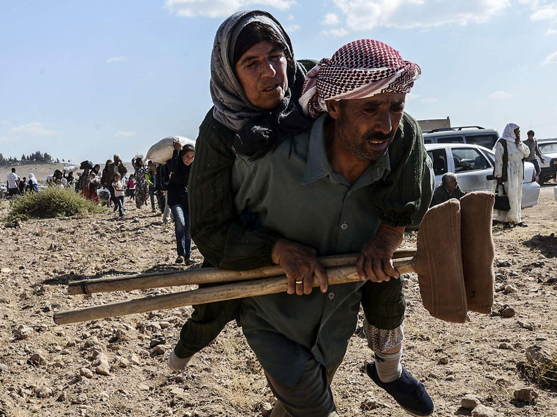 Lebih 100.000 Warga Suriah Terjebak di Perbatasan Saat ISIS Mendekat