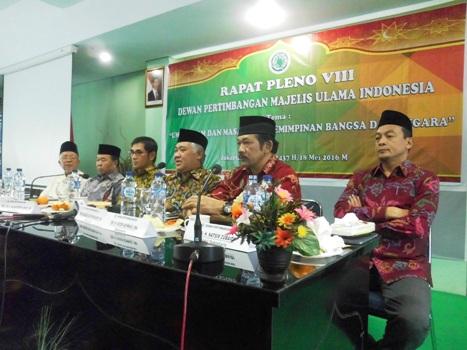 Din Syamsuddin: Ummat Islam Belum BIsa Ambil Manfaat Demokrasi Di Indonesia