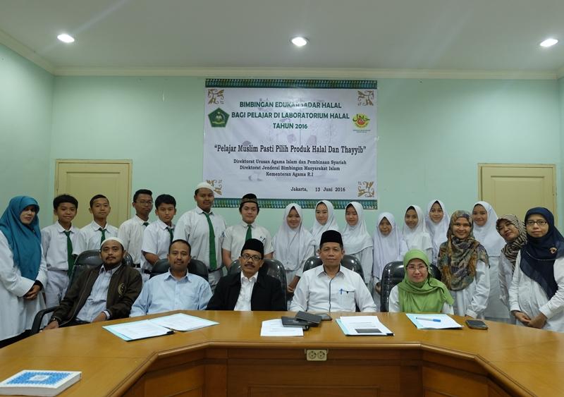 Bangun Generasi Cinta Halal, Bimas Islam Gelar Bimbingan Sadar Halal bagi Pelajar