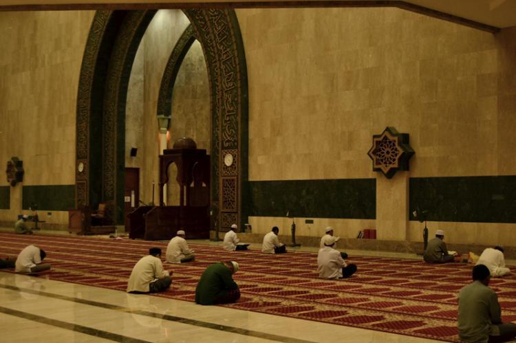 Menyempurnakan Puasa Ramadhan dengan I'tikaf