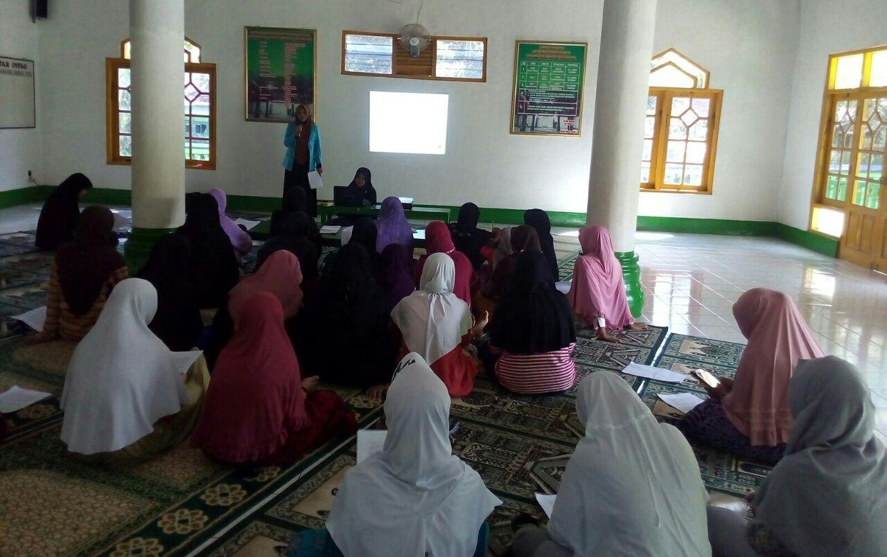 KKN STAI Al-Fatah Gelar Pengenalan Jurnalistik Bagi Muslimah di Banjarnegara