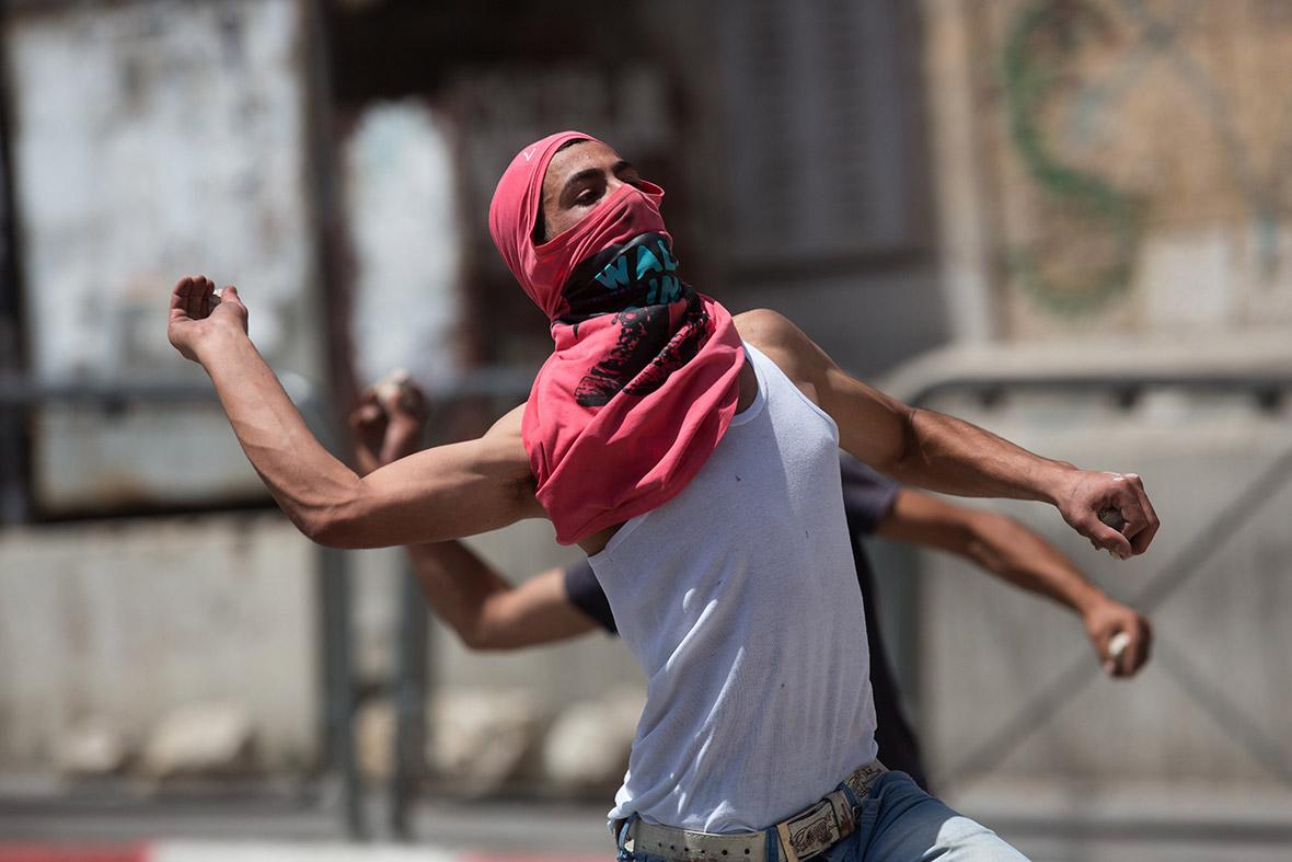 Polisi Israel Diizinkan Gunakan Kekuatan Mematikan Pada Pelempar Batu