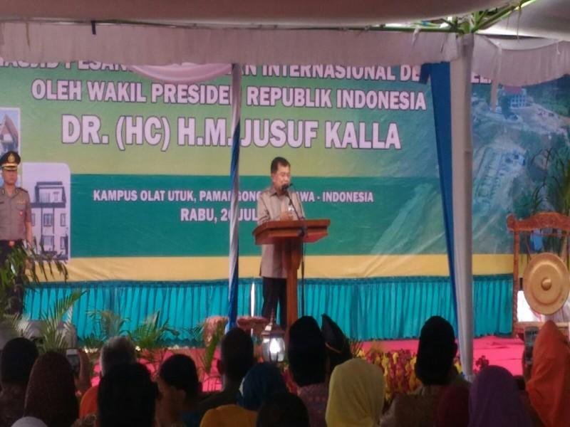 Wapres Resmikan Pembangunan Ponpes Dea Malela di Sumbawa