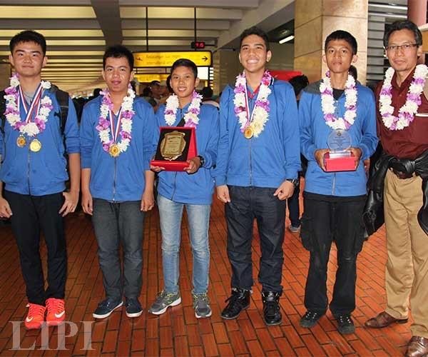 Lima Pelajar Indonesia Raih Medali Kompetisi Ilmiah Internasional di Tiongkok
