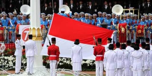 MuridMAN Model Singkawang, Pembentang Bendera Pusaka di Istana