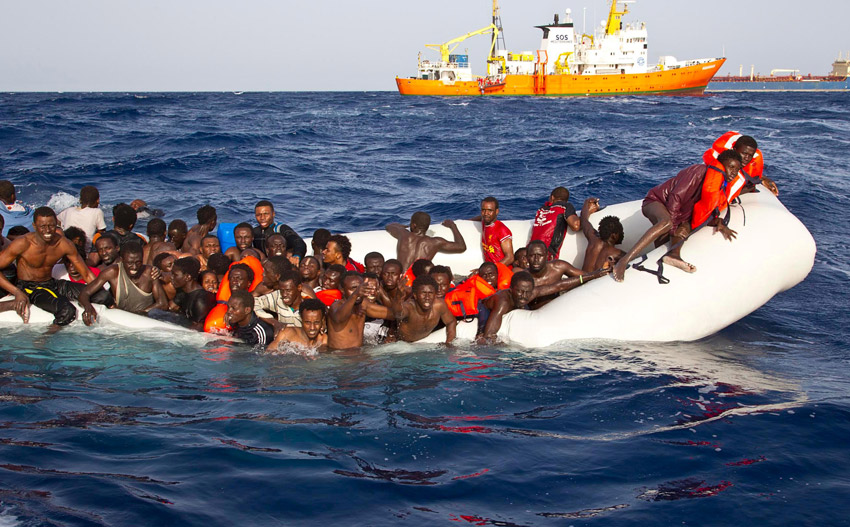 Italia Selamatkan Ribuan Migran di Laut dalam Sehari