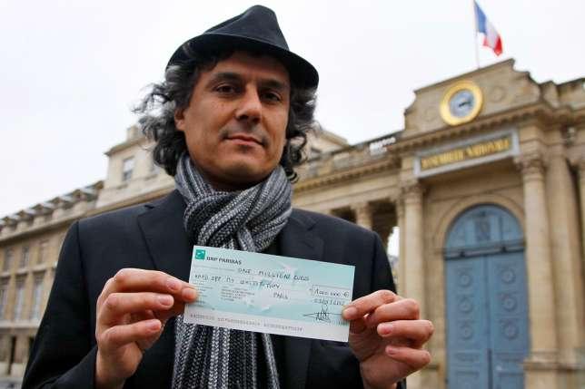 Perancis Larang Pakaian Renang Muslimah, Pria Muslim Ini Siap Bayar Denda