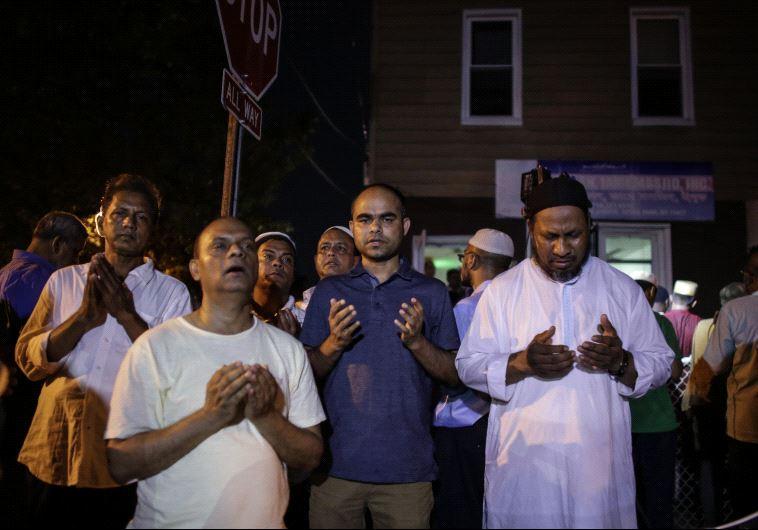 Muslim AS Tuding Trump Atas Kematian Imam Masjid