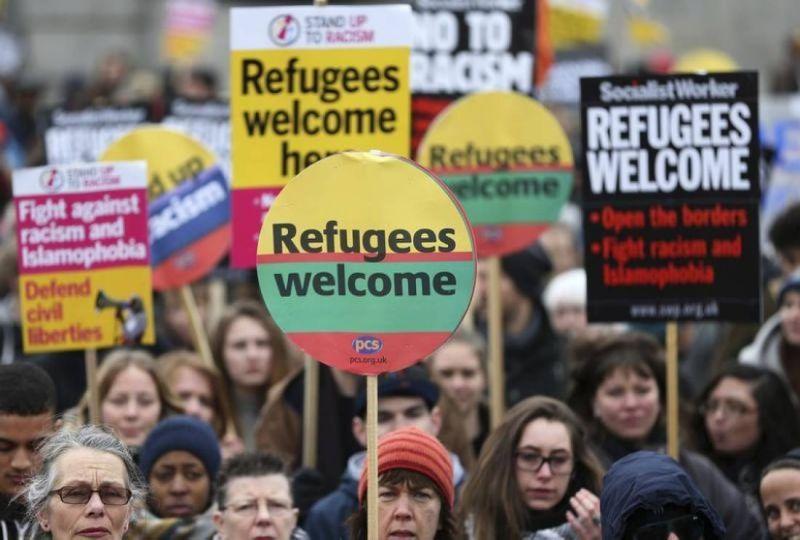 Demonstran Jerman Desak Pemerintah Terima Pengungsi Kamp Moria