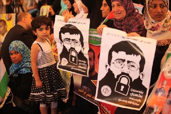 Sekitar 120 Tawanan Palestina Gelar Aksi Mogok Makan