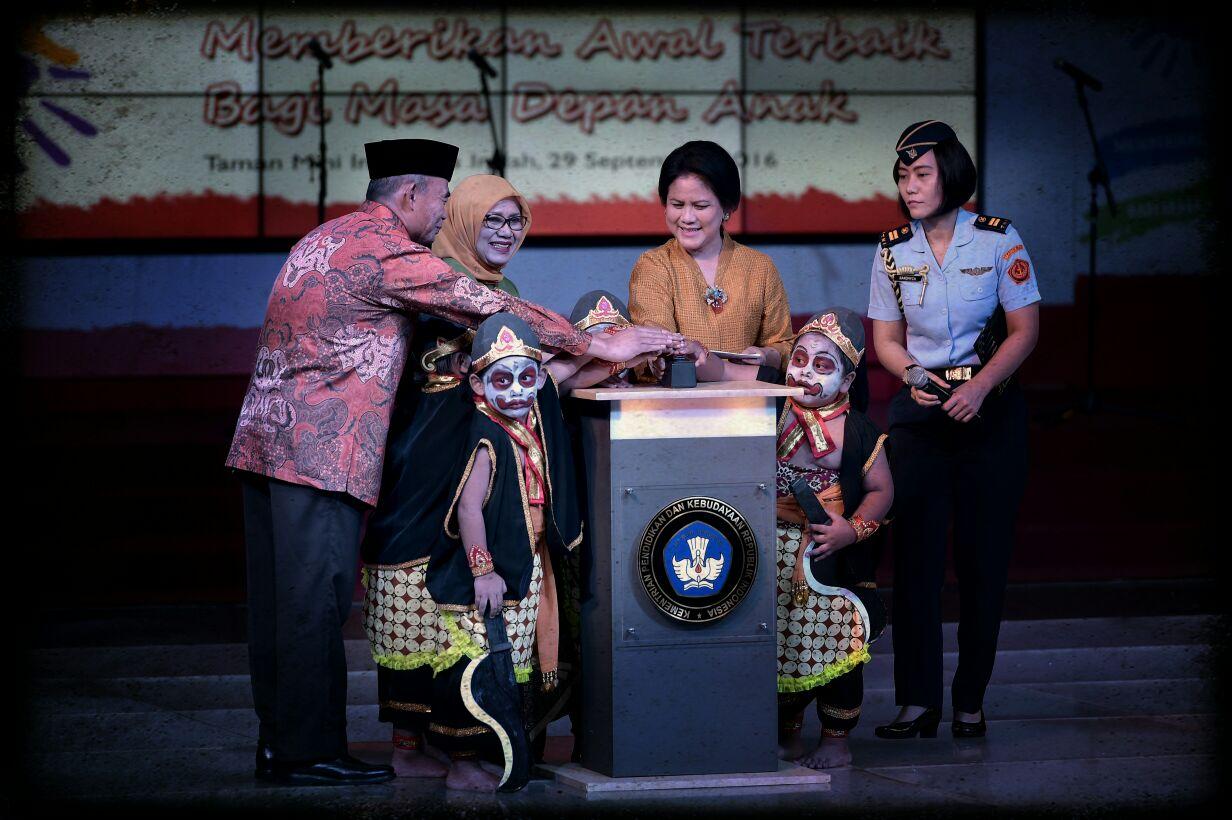 Ibu Negara Resmikan Laman Anggun PAUD