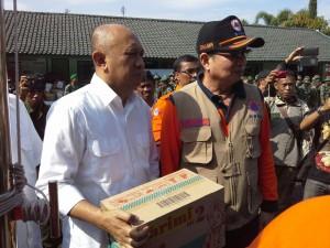Presiden Jokowi Sumbang Korban Bencana Banjir Bandang Garut Rp 1,3 Miliar