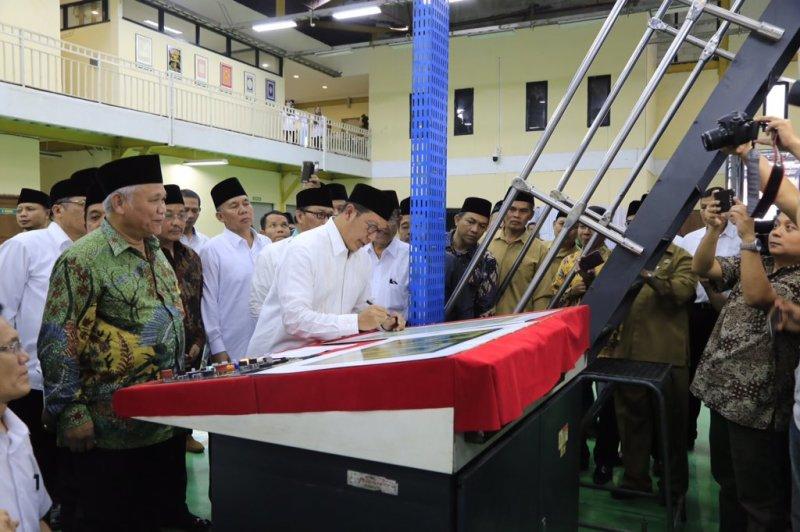 Menteri Agama Luncurkan Percetakan Perdana Mushaf Al-Quran Standar Indonesia