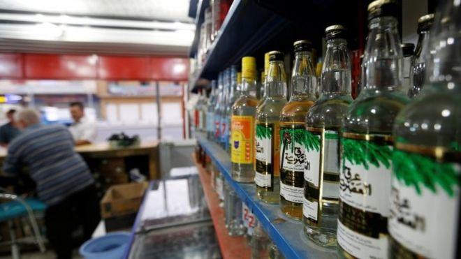 Parlemen Irak Sahkan Undang-Undang Larangan Minuman Beralkohol