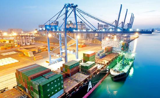 INDEF: Ketergantungan Indonesia Terhadap Impor Makin Tinggi