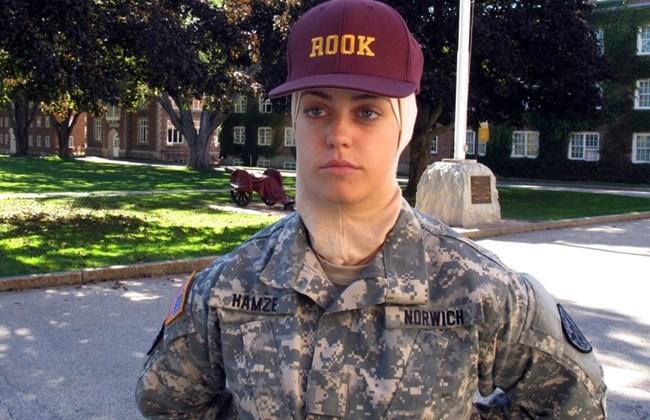 Sana Hamze, Muslimah AS Pertama yang Menimba Ilmu di Sekolah Militer Paling Tua