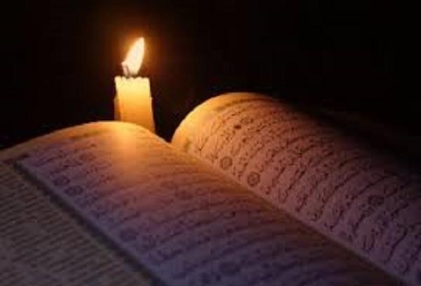 Khutbah Jumat : Orang Kafir Hendak Memadamkan Cahaya Allah