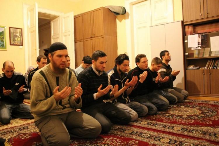 Muslim Hungaria Khawatir Dengan Referendum Anti Imigran