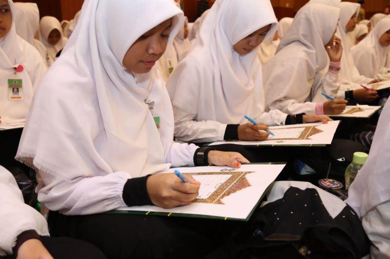 Dirjen. Pendis. : Kemajuan Teknologi, Santri Diminta Tak Hanya Paham Agama