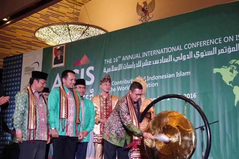 Buka AICIS 2016, Menag Mimta AICIS Hasilkan Rumusan Tentang Islam Indonesia