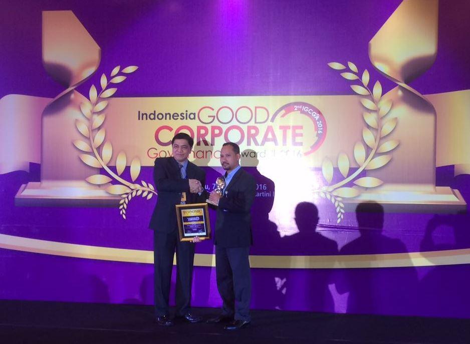 Bank Muamalat Raih Penghargaan Perusahaan Syariah Terbaik 2016