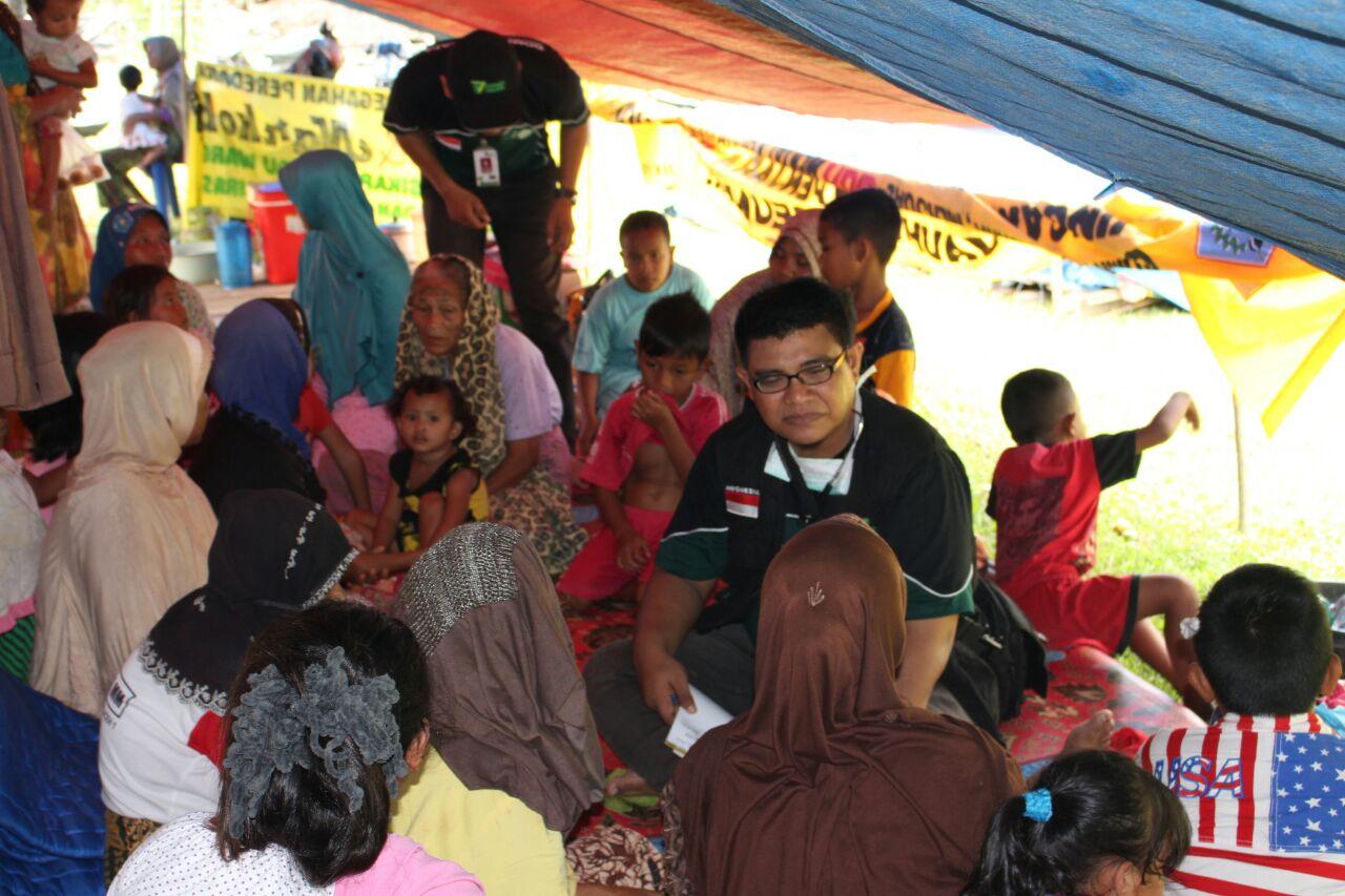 Dompet Dhuafa Bantu  Korban Gempa Aceh