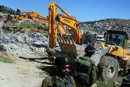 Israel Ratakan Tanah Pertanian Warga Palestina di Hebron untuk Dikuasai