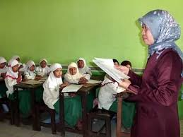 BKN Ungkap Daerah dengan Jumlah Guru Tertinggi dan Terendah