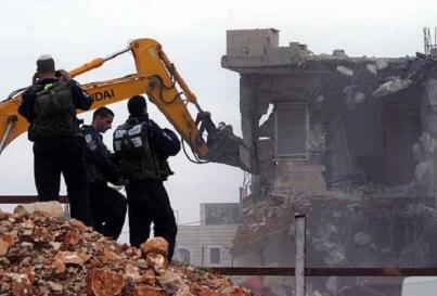 Israel Hancurkan Bangunan Milik Warga Palestina di Kota Al-Quds