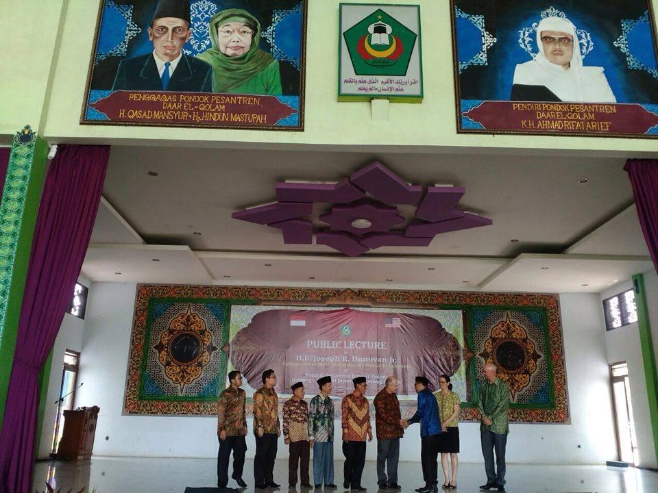 Program Internasional Jadi Favorit Santri Timba Ilmu di Pesantren Daar El-Qolam Tangerang