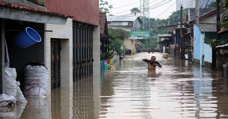 Sumbawa Terendam Banjir, Rumah Zakat Cepat Salurkan Bantuan