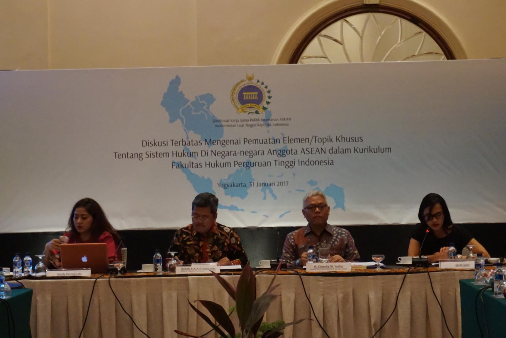 Kemlu: Kompetensi Penting Bagi Sarjana Hukum di Era Masyarakat ASEAN