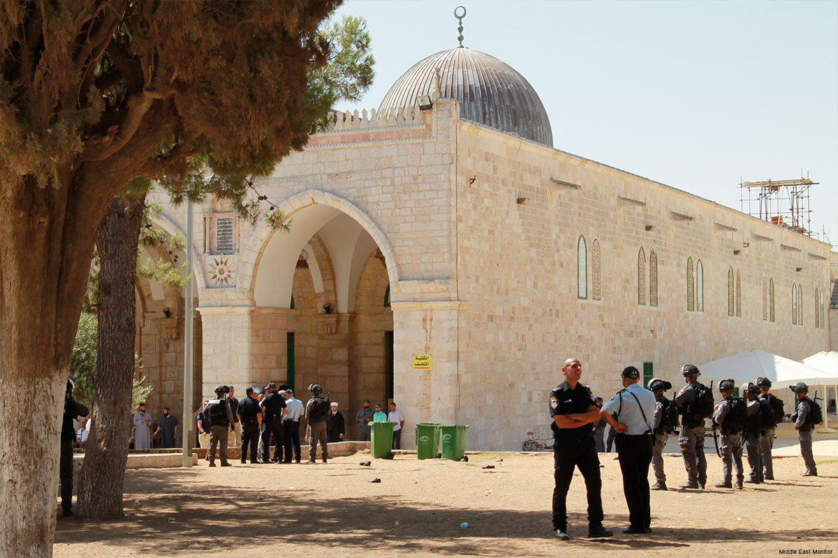 Tentara Israel Culik Pemuda Palestina Selesai Sholat Isya di Al-Quds