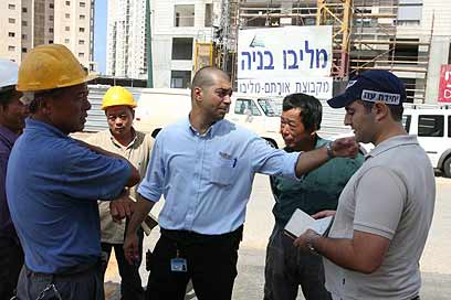 Cina Tuntut Israel Tak Pekerjakan Buruhnya di Permukiman Ilegal