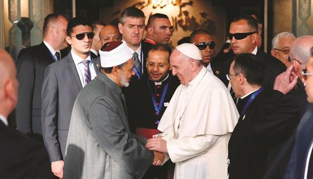 Paus Fransiskus Dorong Dialog Islam-Kristen di Mesir