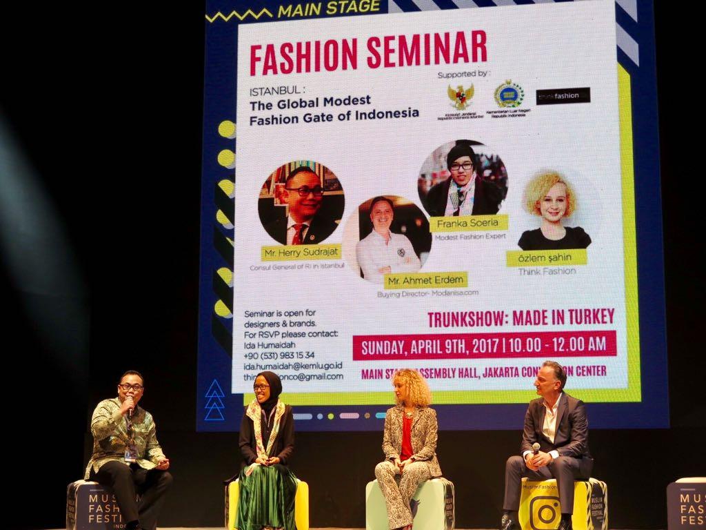 Potensi Industri Kreatif Busana Muslim Indonesia di Istanbul