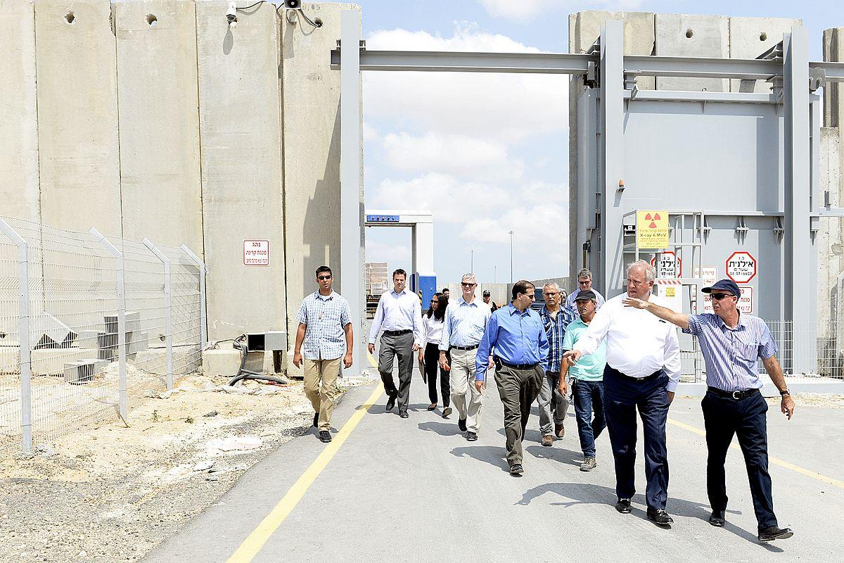 HRW: Israel Blokir Akses Pekerja HAM ke Gaza