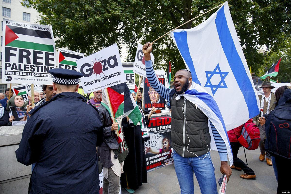 Aktivis Pro-Israel Serang Koresponden Anadolu Agency di Paris
