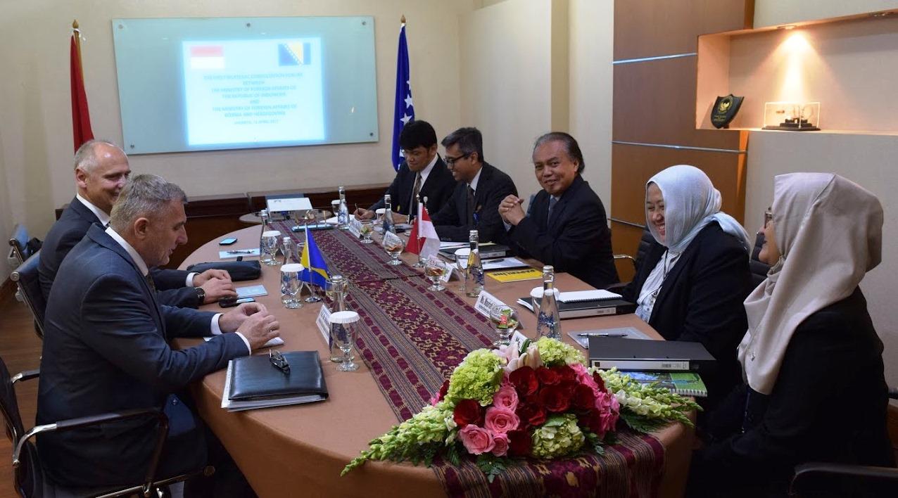 RI – Bosnia dan Herzegovina Sepakat Tingkatkan Nilai Perdagangan