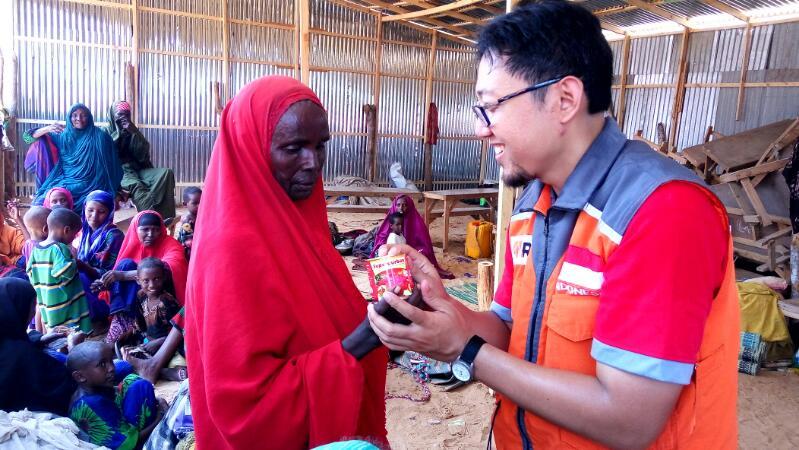 Rumah Zakat Distribusikan Kornet Superqurban bagi Pengungsi Somalia