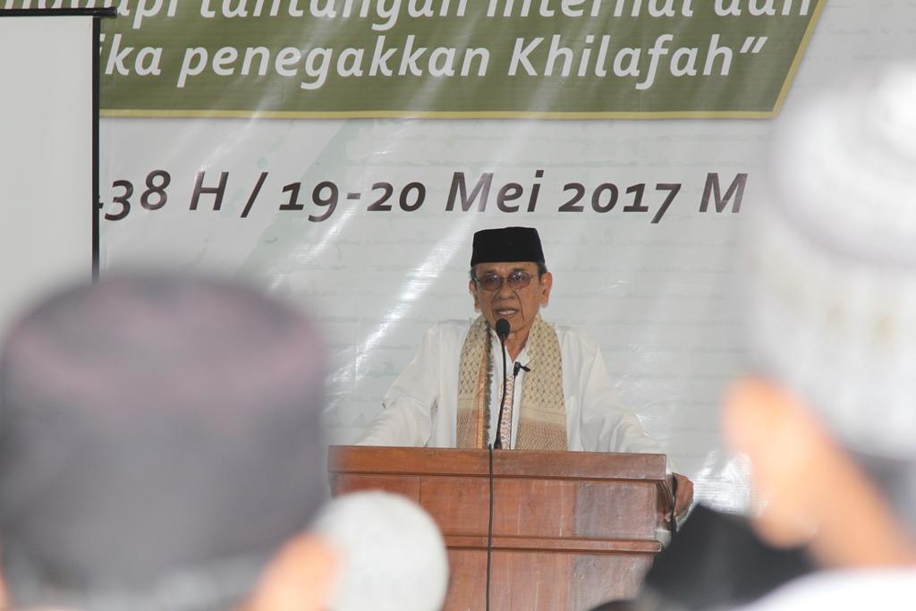 Pemred MINA: Umat Islam Harus Kritis Terhadap Pemberitaan Media