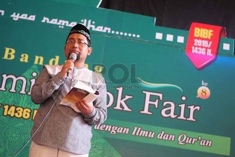Novelis : Al-Qur'an adalah Bacaan yang Paling Indah