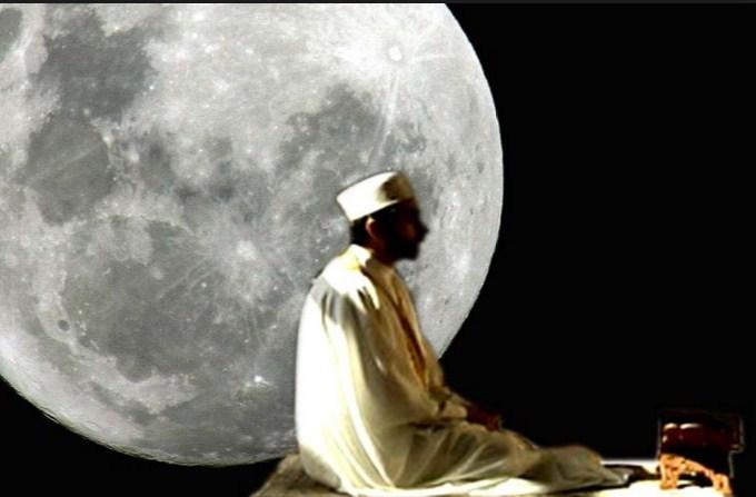 Tafakur dan Muhasabah Diri di Akhir Ramadhan