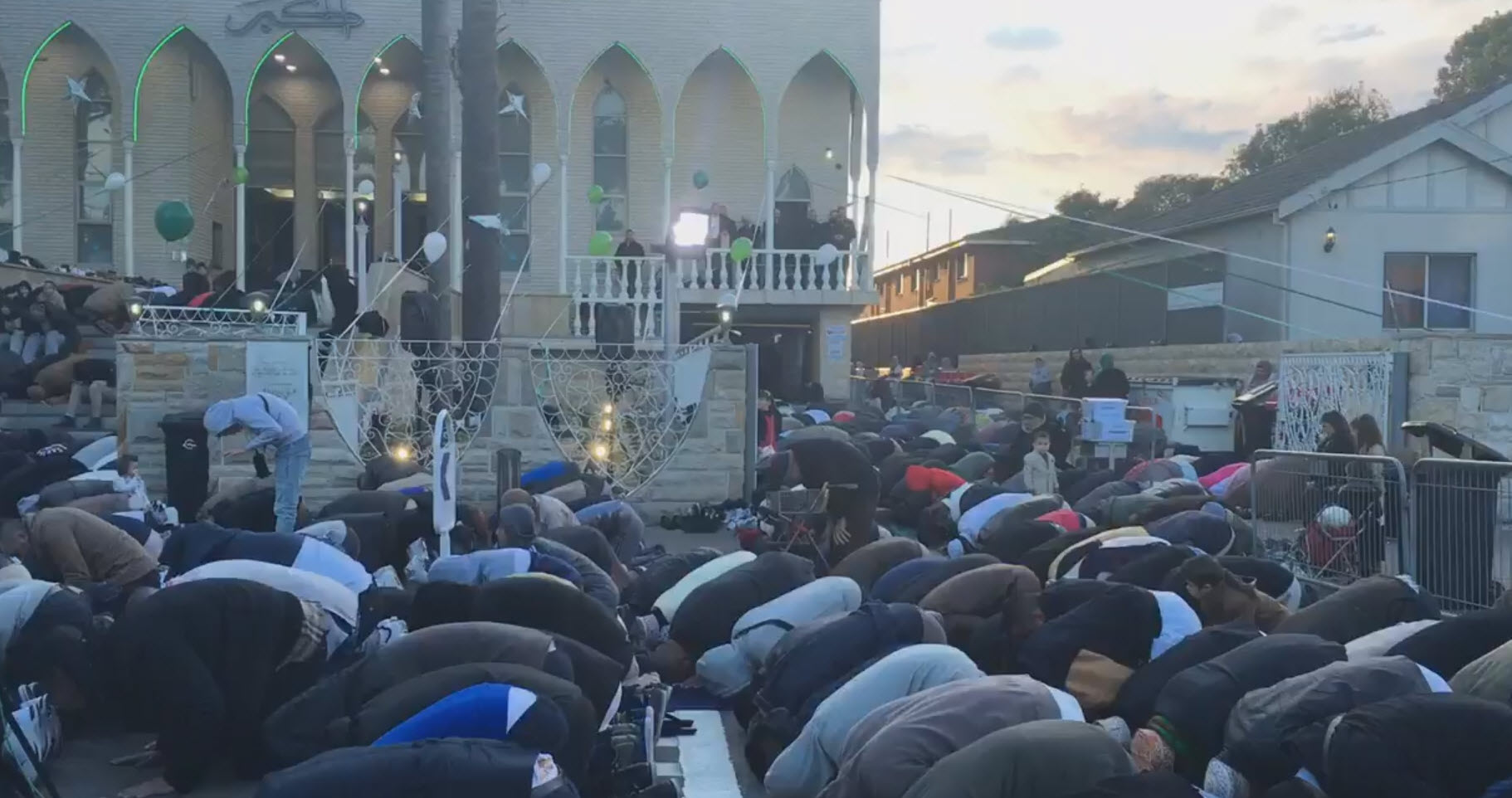 Australia Umumkan Idul Fitri Ahad 25 Juni