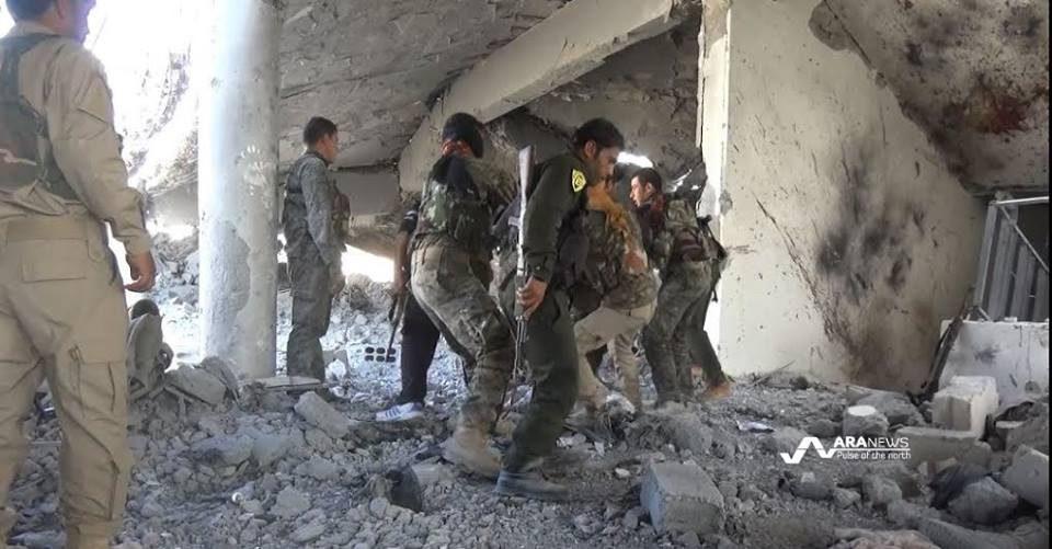 Pasukan SDF Kembali Rebut Satu Distrik dari ISIS
