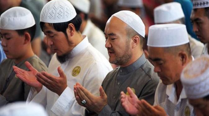 Pejabat Xinjiang China Coba Larang Puasa Ramadhan