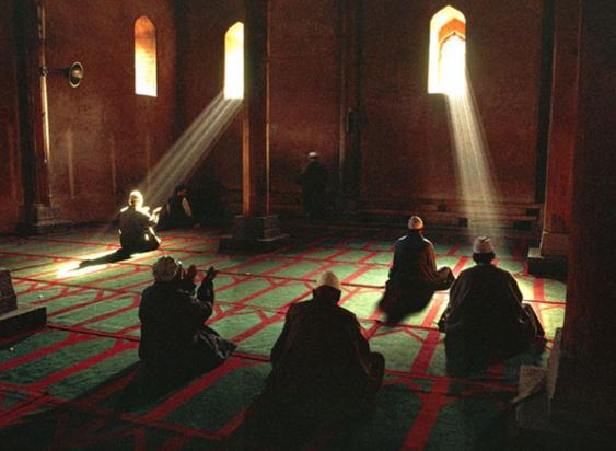 Meraih Keutamaan I'tikaf Ramadhan
