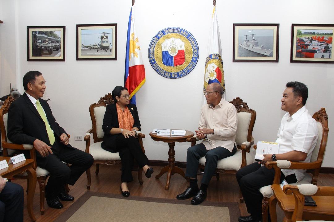 Menlu RI Bertemu Pejabat-Pejabat Tinggi Filipina