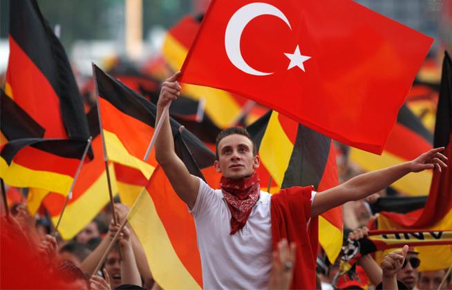 Jerman Desak Erdogan Tidak Temui Warga Turki Saat G20